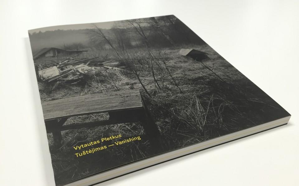 V.Pletkaus_albumas_Tustejimai-1